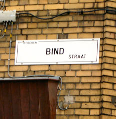 Wie is Bind?